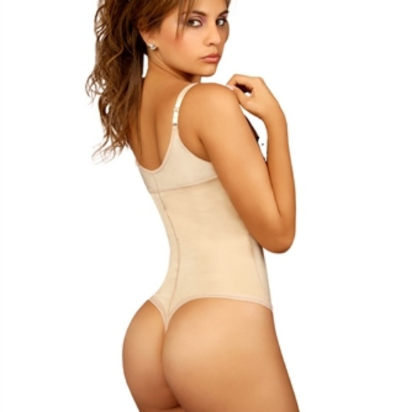 34248001abd Firm Compression Braless Body Shaper in Thong. Boutique. Vedette Shapewear
